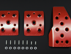 Swift - ZC72S - Colour: Red Alumite - Transmission: MT - 849520-4850M
