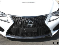 RC F - USC10 - Material: Dry Carbon - Color: Clearcoat - L571