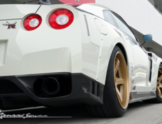 GT-R - R35 - Rear Wide Fenders - Construction: FRP / Twill Wet Carbon - KAN102