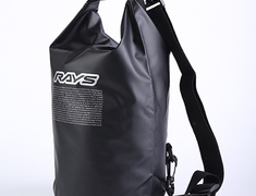 - Colour: Black - Material: Material: (Front) 100% polyester / (Back) PVC - Size: Size: 380mm x 90mm diameter(5L capacity) - 74090200052BK