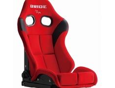 Universal - Color: Red - Shell Material: Super Aramid Black Shell - Cushion Type: Standard - G71BZR