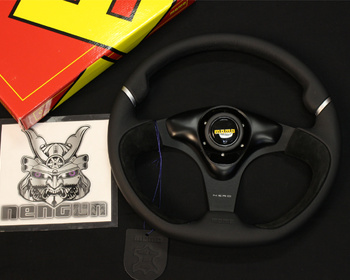 Momo - Nero Steering Wheel