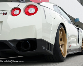 Kansai Service - Rear Wide Fenders for R35